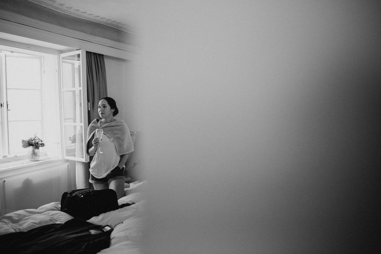 Bride is getting ready in hotel Gasthof Salzburg